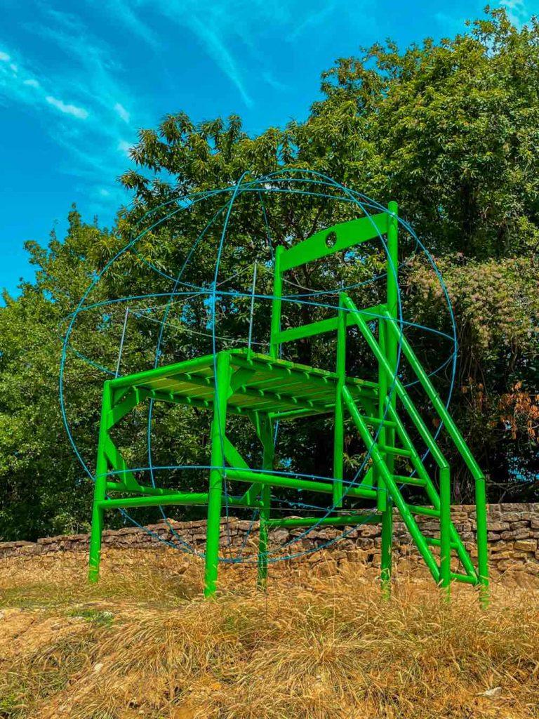 big chairs tour sedia gigante della terra